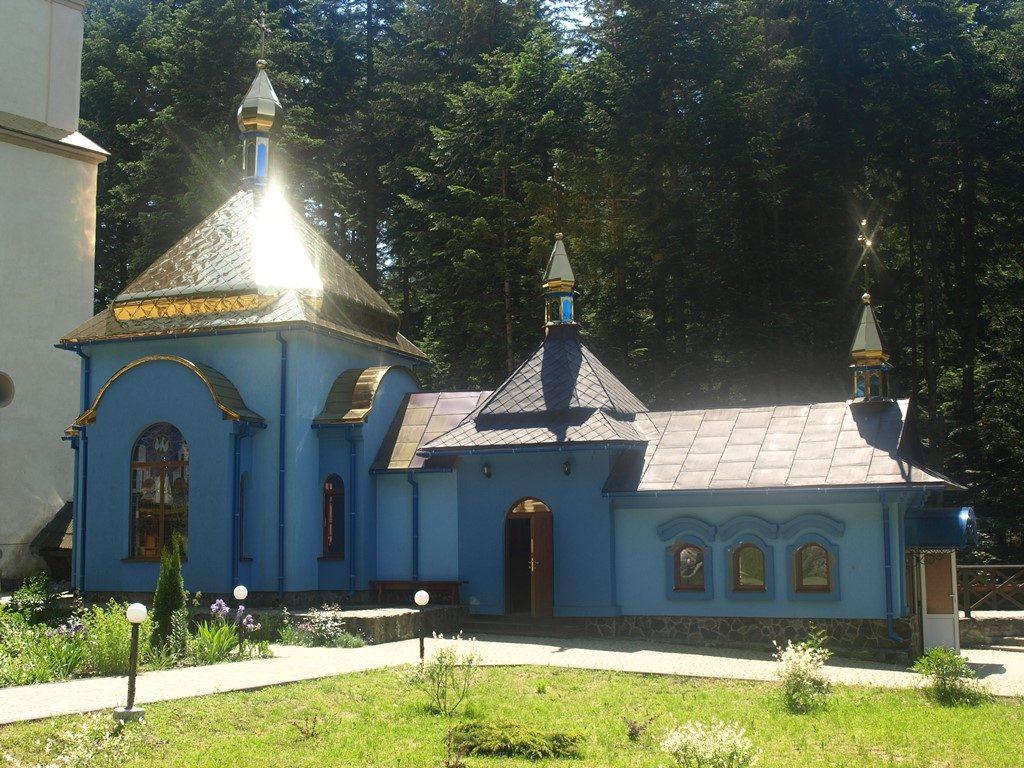Манявський-монастир05