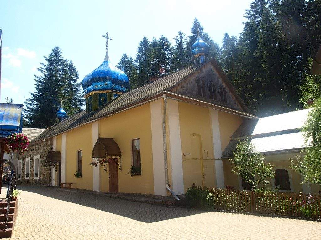 Манявський-монастир07