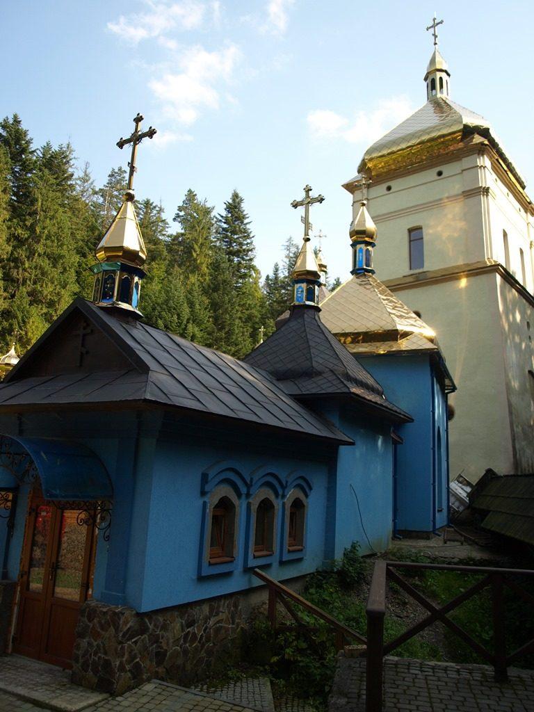 Манявський-монастир17